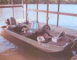 monarch boat