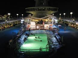holiday cruise ships