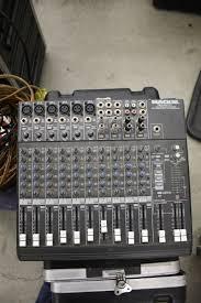 mackie sound board