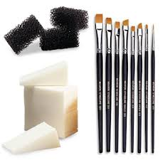 make up artist tools