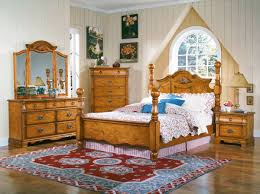 pine bedroom sets