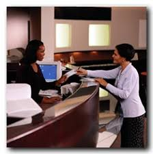 bank teller pictures