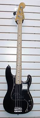 fender p bass black