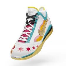 lebron james new shoes 2009