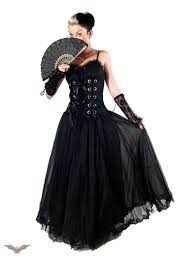 gothic clothing pictures