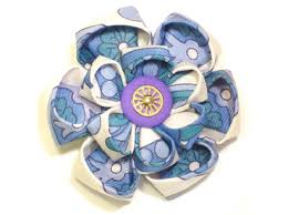 brooch picture