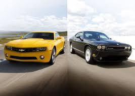 dodge challenger vs camaro