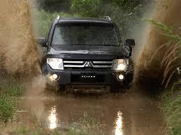 صور سيارات متسوبيشي  جميله جدا Mitsubishi-Pajero-2007-front-800x600