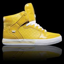 high top skater shoes