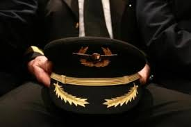 piloto aviador comercial