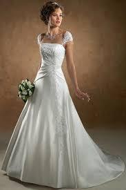 classic style wedding dresses