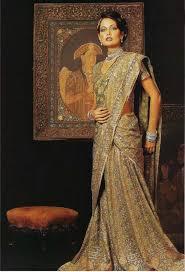 drape a saree