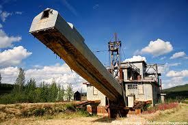 gold mining dredge