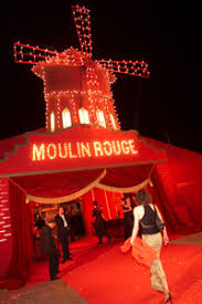 moulin rouge party supplies