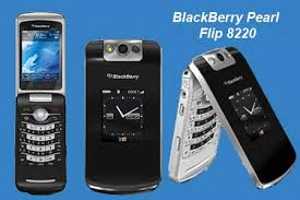blackberry flip 8220