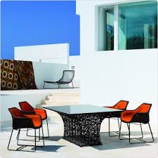 outdoor furniture table
