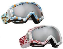 goggles for skiing