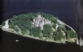 boldt castle on heart island