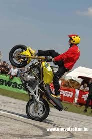 er6n stunt