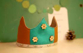 dress up crowns