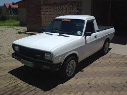 1990 nissan pick up