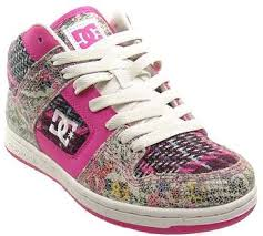 pink dc shoe