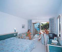 hotel monica beach