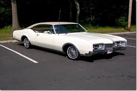 1967 olds delta 88