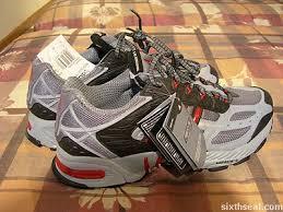 adidas response walk