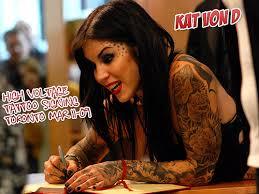 la tattoo artist