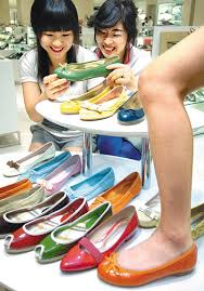 pictures of flat shoes