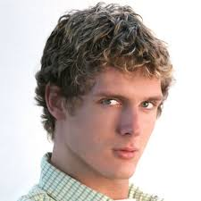 hairstyles men curly