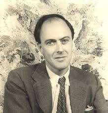 pictures of roald dahl