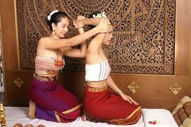 sandwich massage in pattaya