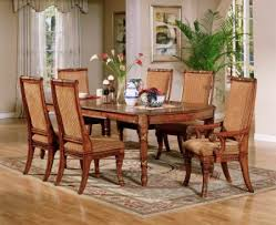 dining rooms table