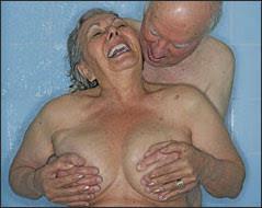 people haveing sex