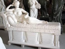 statues roman