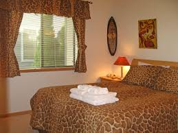 giraffe bedroom