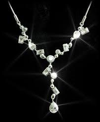 diva necklaces