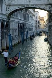 gondola rides in italy