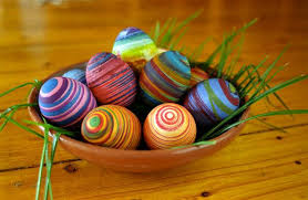 easter eggs decorating