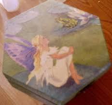 pintura em madeira decoupage