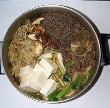 http://t0.gstatic.com/images?q=tbn:83X4_UGxwUqKcM:http://www1.kcn.ne.jp/~nishinoc/0731/sukiyaki.jpg