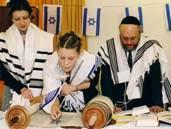 Ruth, die Großmutter von David war keine Jüdin! Torahlesung_Bat_Mitzwa
