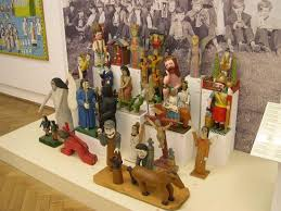 folk art carvings
