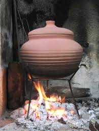 cooking clay pot