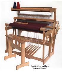 looms weaving