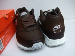 nike shoes brown