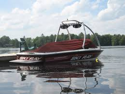 sea ray ski boat