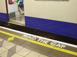 london underground mind the gap